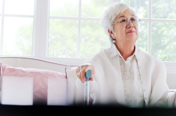 Elder Care (3-part blog): The challenges seniors face, the signs that your parent or grandparent may need assistance and the difference between Alzheimer and Dementia.